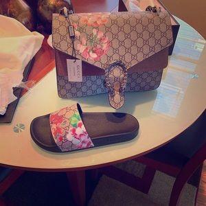 Shoes - Purse and shoe set